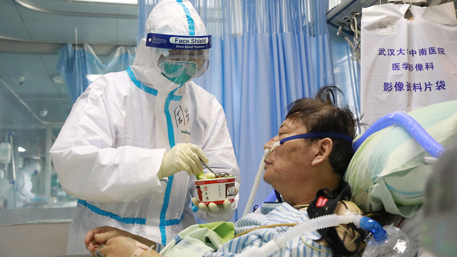 Старики, мужчины, гипертоники: кого убивает коронавирус