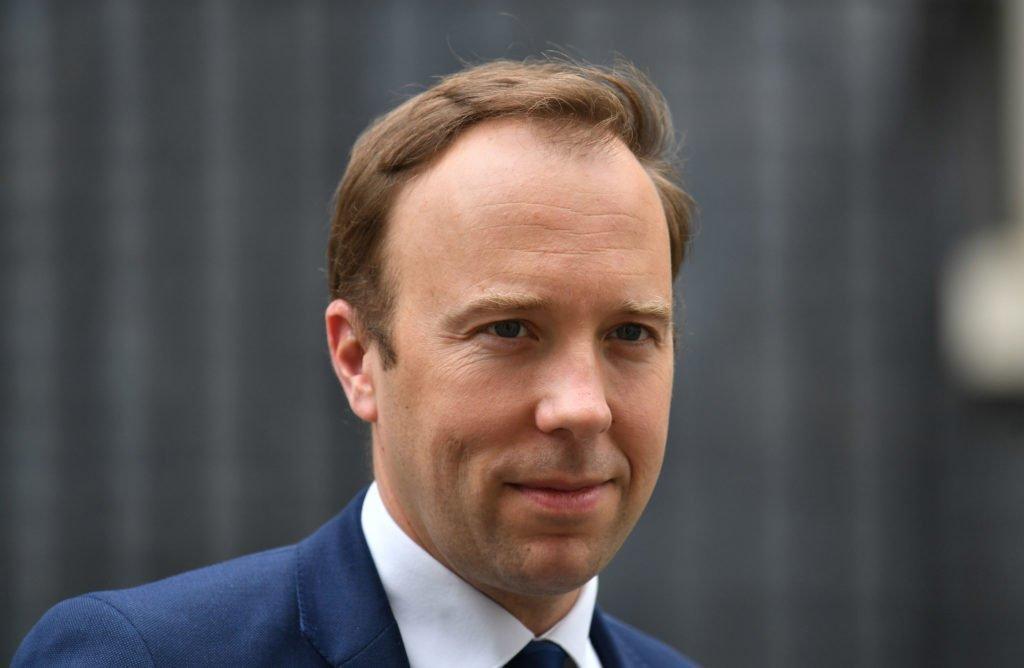 Министр здравоохранения Британии тоже заразился коронавирусом