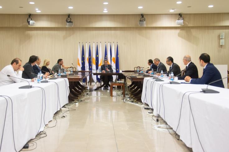 заседании комитета по вспышке коронавируса под председательством президента Кипра Никоса Анастасиадеса