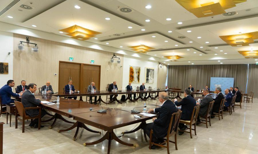собрание правительства Кипра